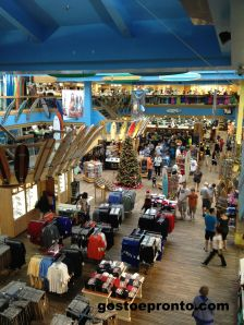 Ron Jon Surf Shop a maior loja do mundo